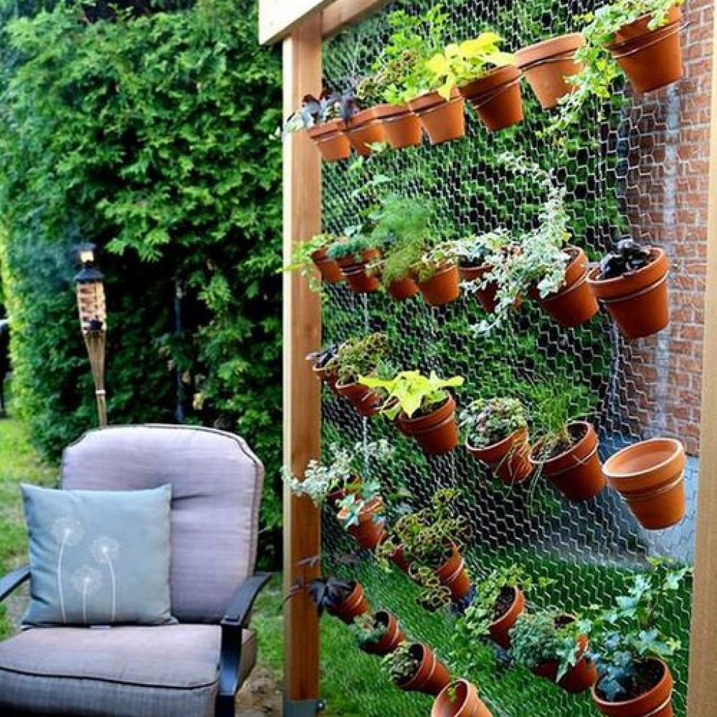 10 super creative vertical garden ideas.